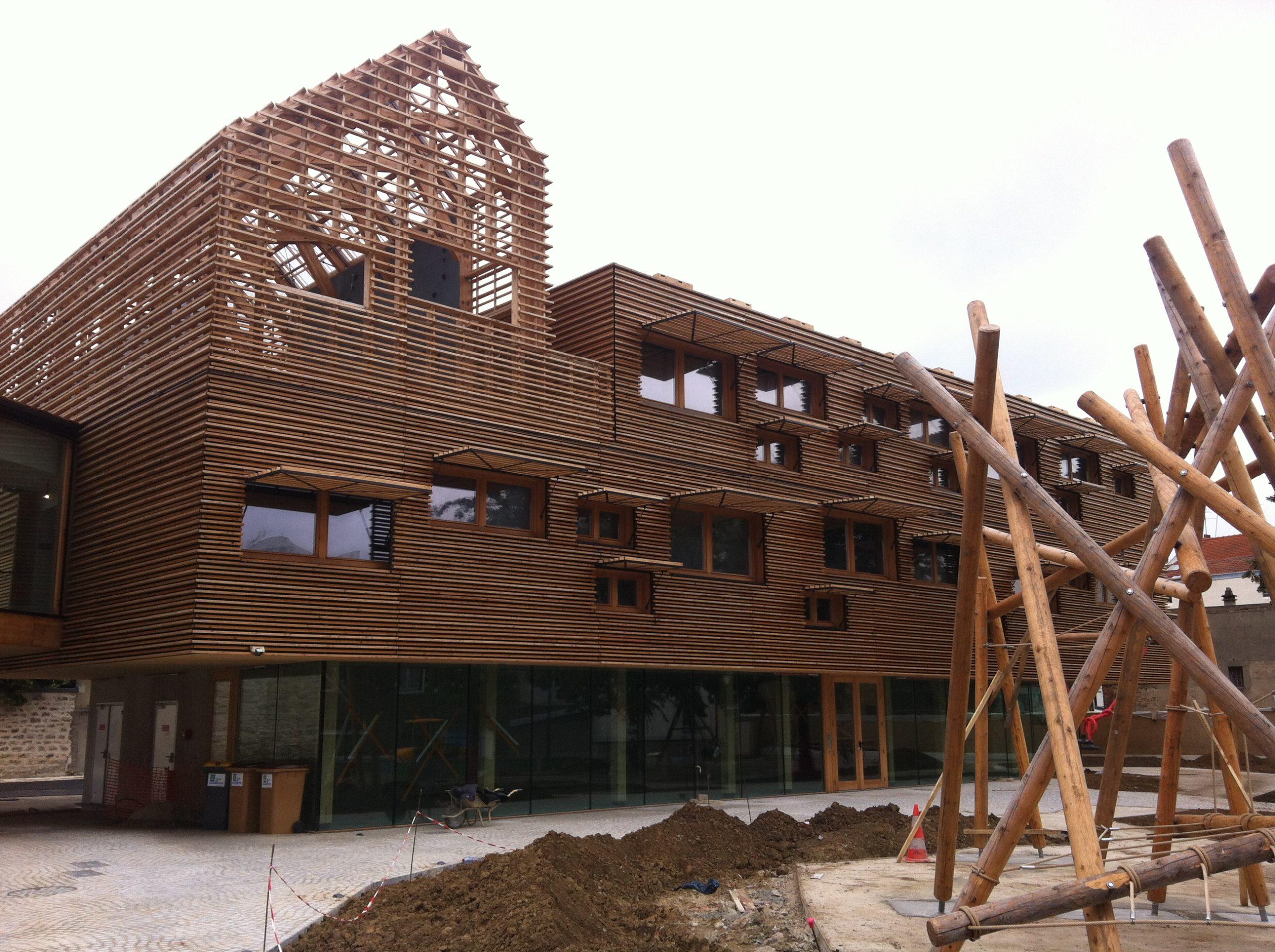 Façade en bois et menuiseries extérieures bois