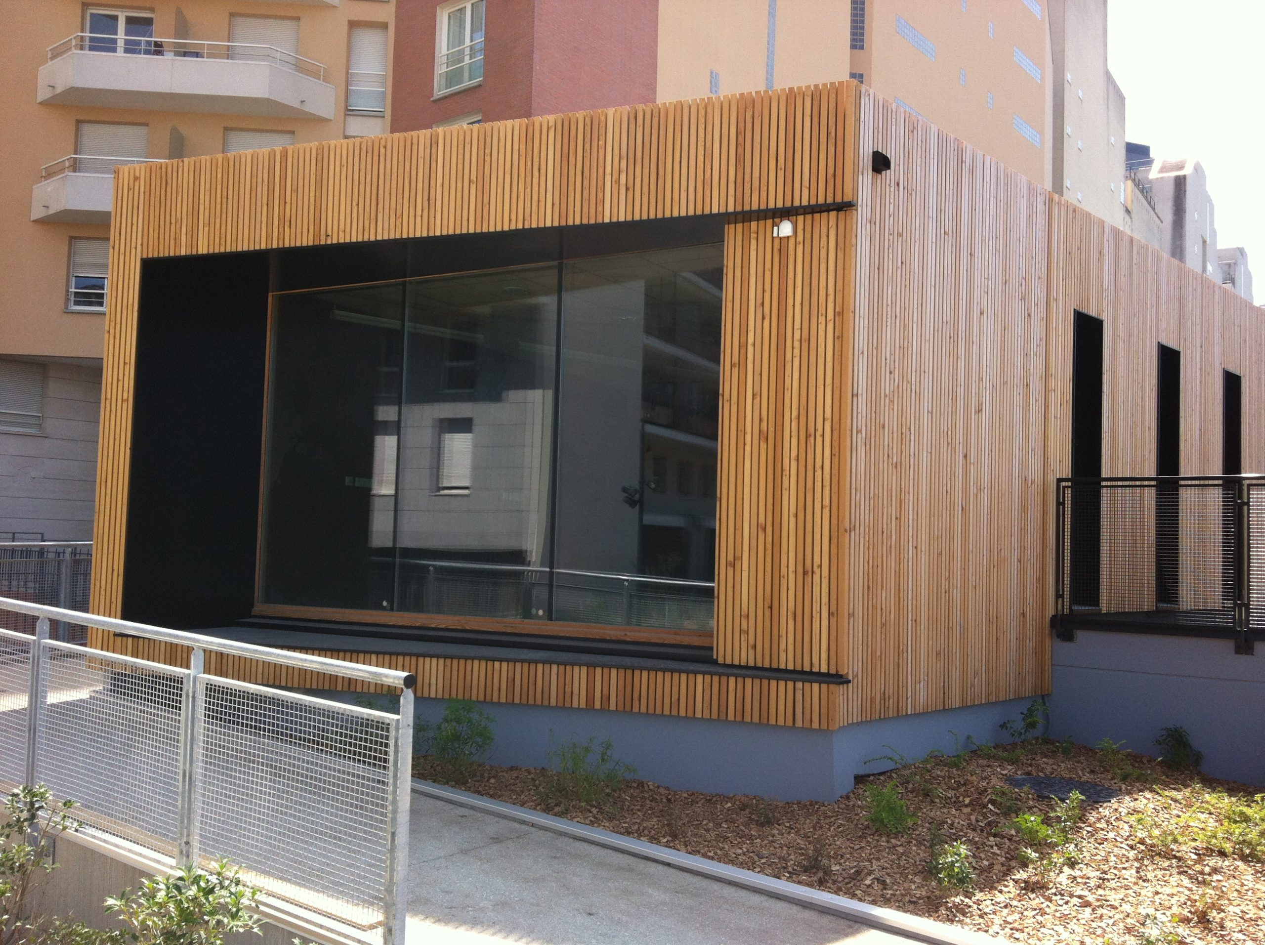 Bâtiment en façade bois